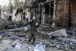Los kurdos entran en las ruinas de Kobani, arrebatada al Estado Islámico