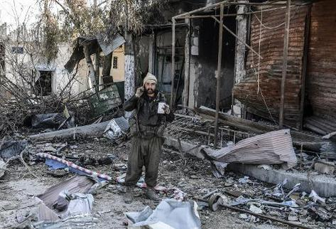 Siria: Decenas de muertos en doble atentado contra kurdos