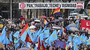 Multitudinaria Marcha por la Dignidad contra la austeridad del gobierno