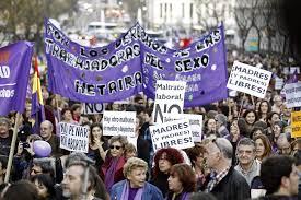 Miles de personas reivindican en Madrid la igualdad y el aborto libre