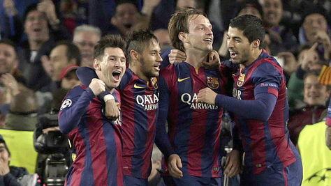 Un Messi estelar clasifica al Barcelona para los cuartos