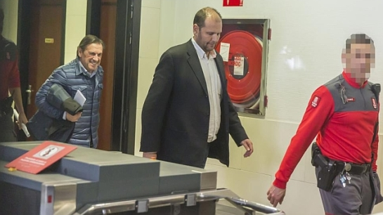 El exdirectivo Txuma Peralta queda en libertad con cargos