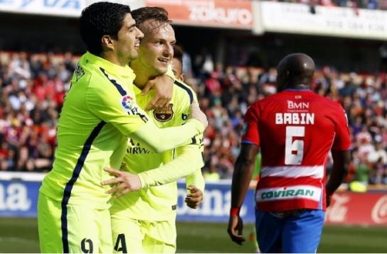 Un gris Barcelona vence con lo justo en Granada