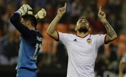 El Real Madrid se exhibe y el Valencia vuelve a meter presión al Barcelona