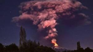 Volcán chileno Villarrica entra erupción