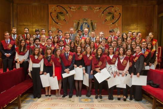 Se gradúan 59 becarios del programa Becas Alumni 2014-2015 de la Universidad de Navarra