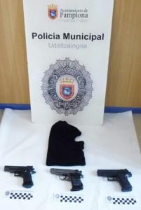 pistolas_simuladas_atraco_supermercado