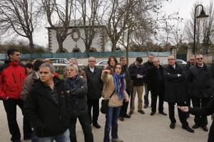 Vecinos de la Magdalena se reúnen con los miembros de la comisión de Urbanismo de Pamplona