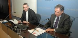 De izda a dcha. Alberto Améscoa y el presidente de CEN, José Antonio Sarría,