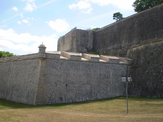 Visitas enseñan la historia de Pamplona y su patrimonio fortificado
