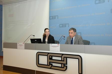 """La CEN considera que la contratación en Navarra es """"moderadamente positiva"""""""