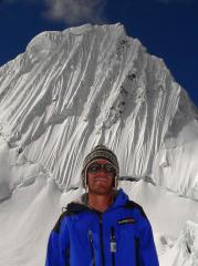 AGENDA: 21 de mayo, Civivox Condestable de Pamplona, Javier Camacho montañero y fotógrafo en Nepal