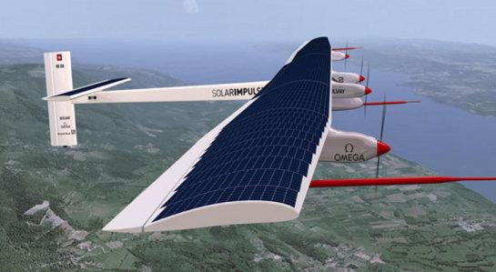 El primer avión solar que da la vuelta al mundo cruza el Pacífico