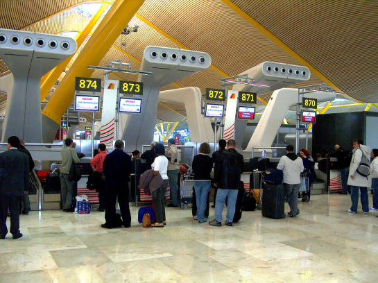 Más de 46.000 plazas extra en 218 vuelos desde Barajas para la final de Milán