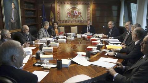 El Congreso debate la reforma exprés del Constitucional del PP