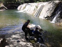 Fallece ahogada una persona en el río Arga a su paso por Huarte
