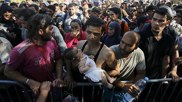 Rajoy espera que en unos días España acoja 435 refugiados de Grecia y Turquía