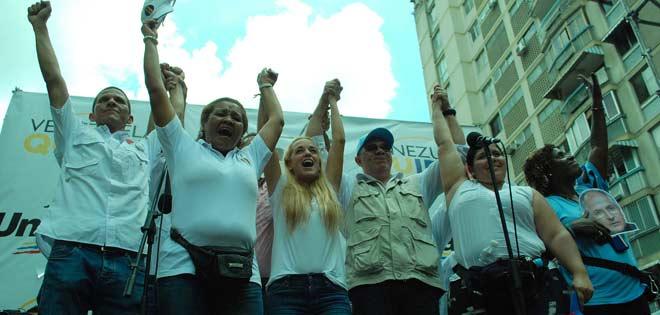 Venezuela: Miles de personas marchan por la libertad de Leopoldo López