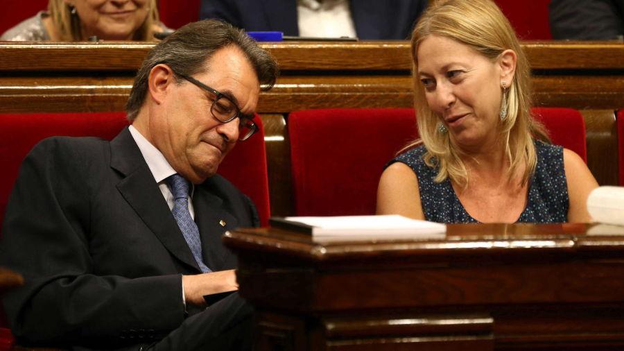 """Mas abordará hoy el """"no"""" de la CUP a su investidura y las nuevas elecciones"""