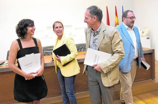 Un Gobierno de Geroa Bai, Podemos y Bildu, la opción preferida por los navarros, según el CIS