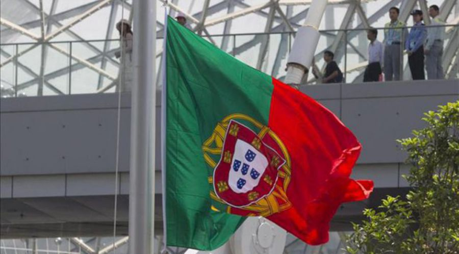 Portugal acude a las urnas sin resultados claros y con los ecos del rescate
