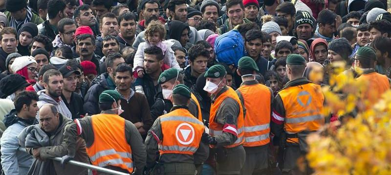 Austria construirá una valla en su frontera con Eslovenia para controlar el paso de refugiados