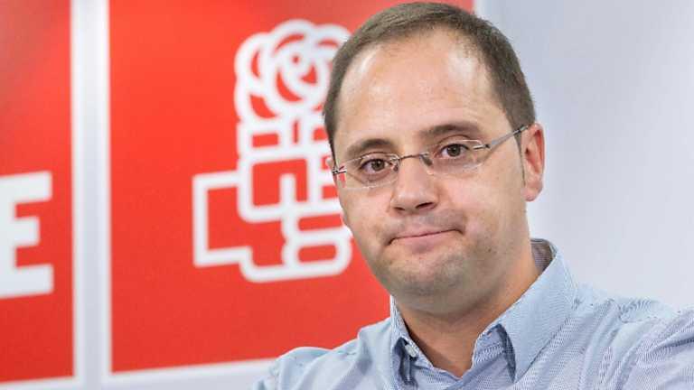 Luena invita a Podemos a consultar a sus bases si quieren un acuerdo con el PSOE