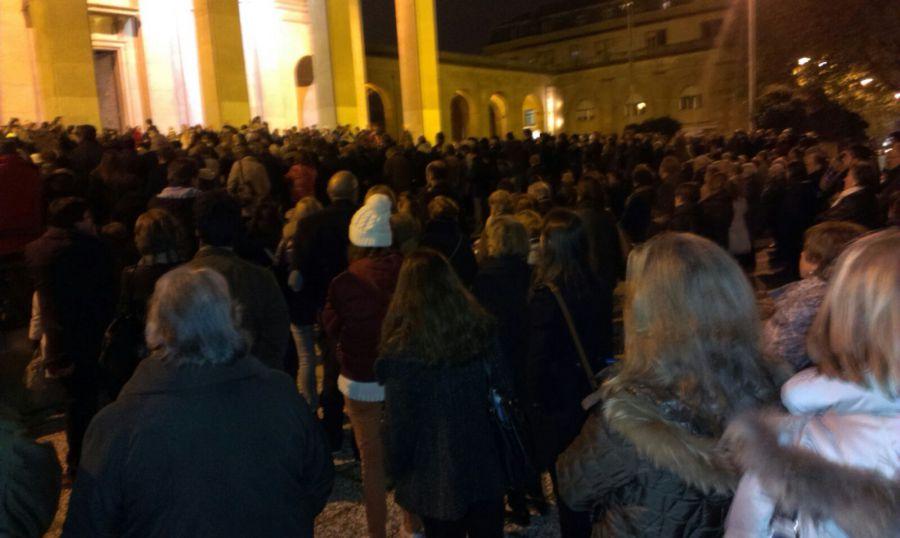 'Respeto por Navarra' reanuda su movilización y acude al defensor del pueblo