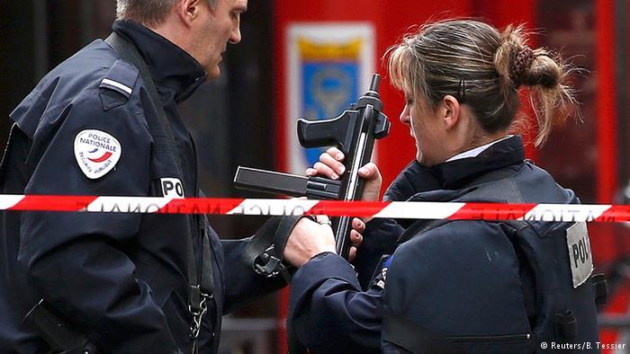 Las fuerzas de seguridad francesas han identificado a uno de los terroristas