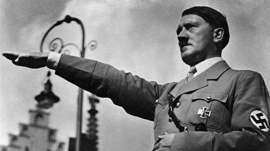 Tal día como hoy… Hitler inicia la era del III Reich