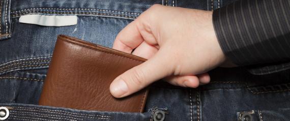 Imputado un hombre acusado de robar la cartera a una mujer en Tudela