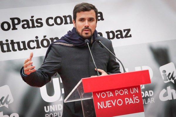 Garzón pide a los rivales respuestas para la gente y no que sepan bailar y cantar