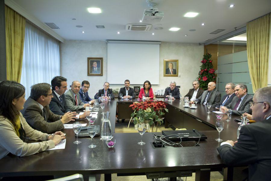 """20 D.- Alli (UPN-PP): """"La reforma fiscal paraliza el desarrollo y aboca al empobrecimiento de Navarra"""""""