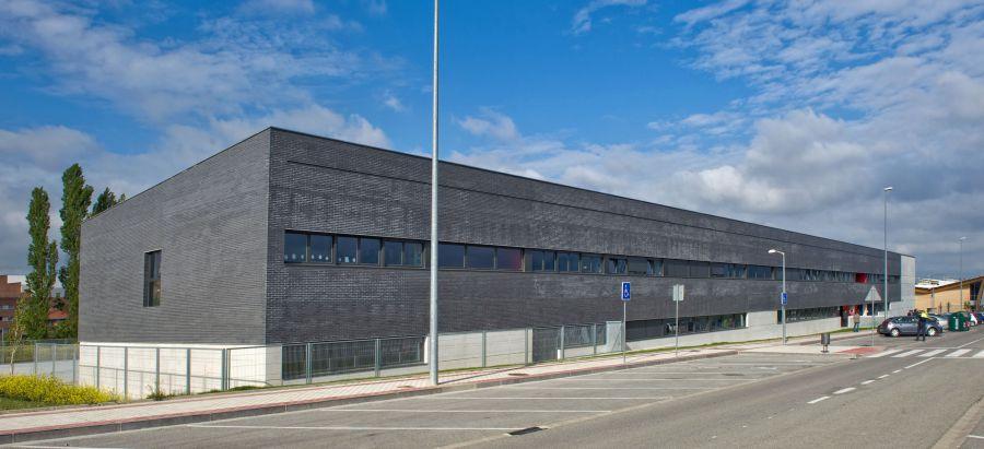 El próximo julio finalizarán las obras de la última fase de ampliación del colegio público de Sarriguren (Egüés)