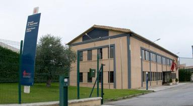 La Escuela de Seguridad y Emergencias de Navarra forma a dos nuevos policías locales de Berriozar
