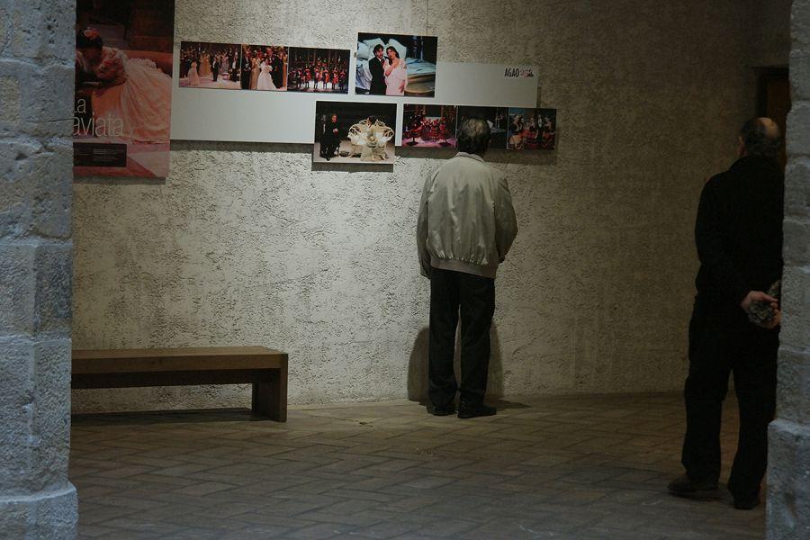 2600 personas visitan la exposición fotográfica en los 25 Años de AGAO