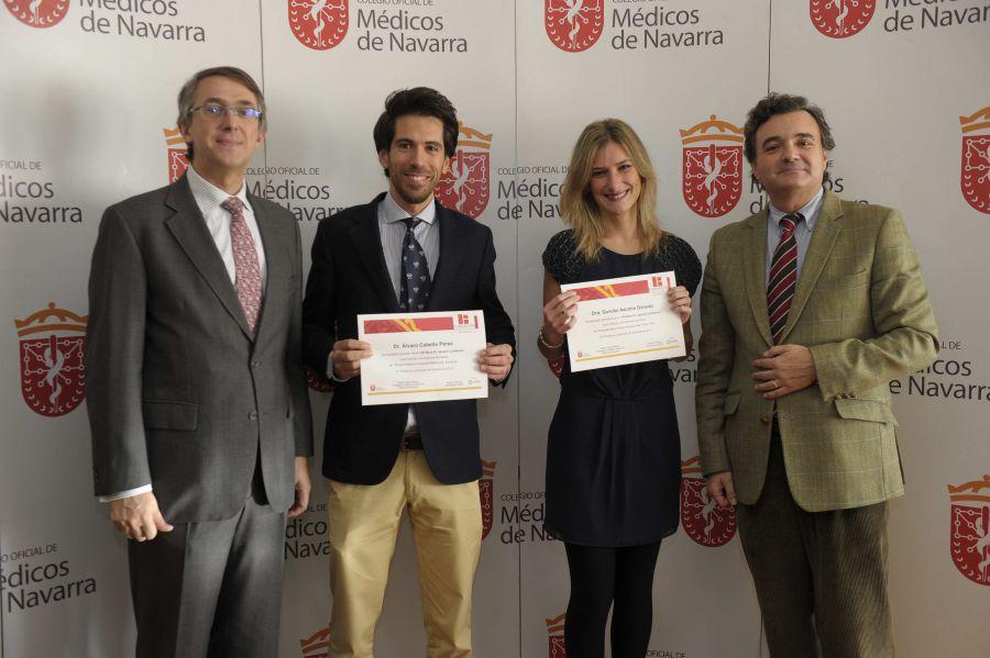 Gurutzi Azcona y Álvaro cabello, ganadores de la beca Dr. Landecho del Colegio de Médicos de Navarra