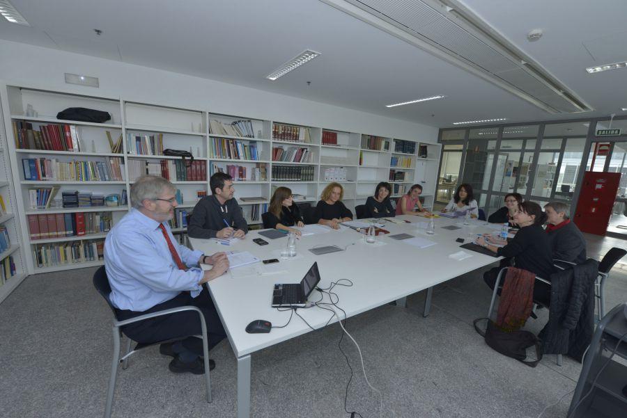 La ciudadanía navarra reconoce el papel de las bibliotecas en la educación permanente e integración de las personas