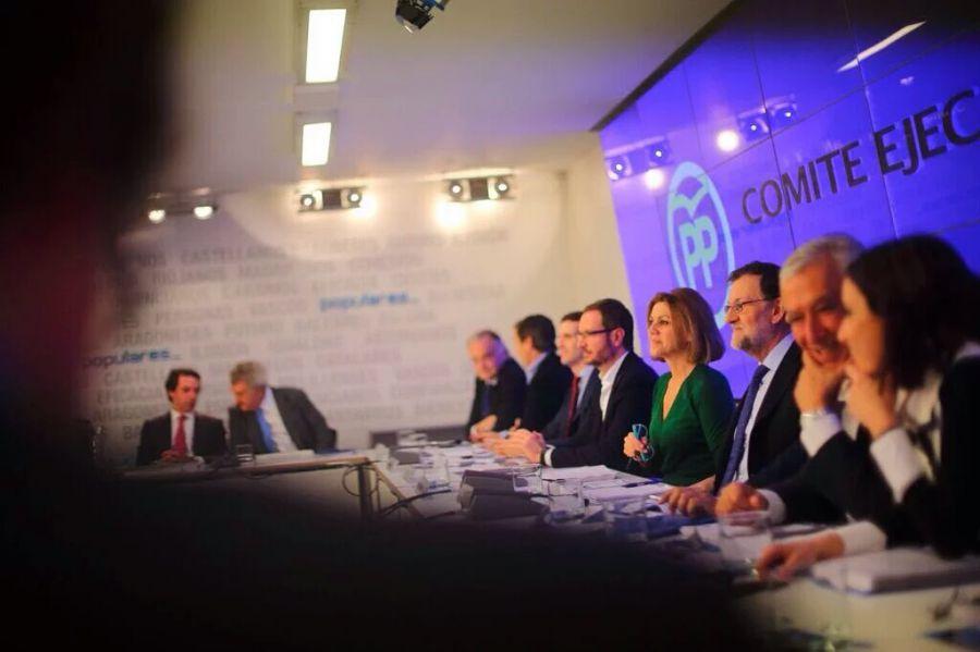 Aznar pide un congreso abierto del PP al que él no se presentará