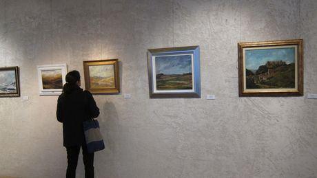 Una exposición recoge en Pamplona 37 obras de José María Monguilot, tudelano que pintó el paisaje de la Ribera navarra
