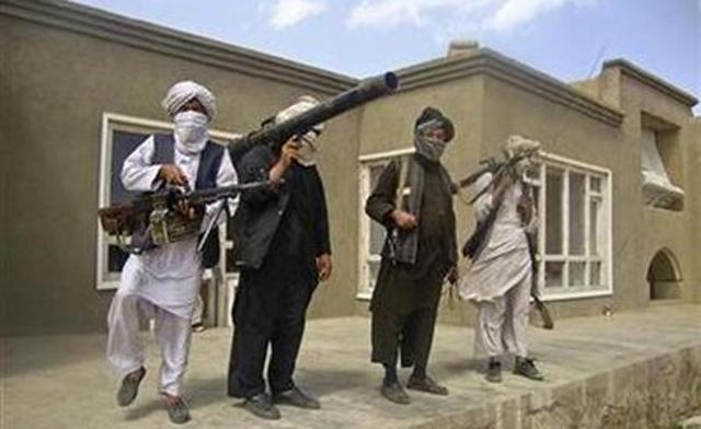 El presidente afgano dice que se retomará el diálogo de paz con los talibanes