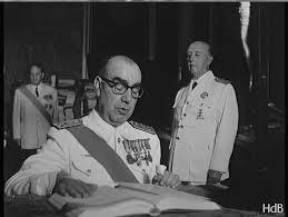 Carrero Blanco jura el nombramiento, ante Franco