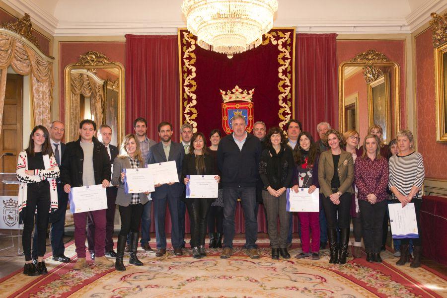 El Ayuntamiento de Pamplona entrega a 16 empresas los distintivos SICTED de calidad