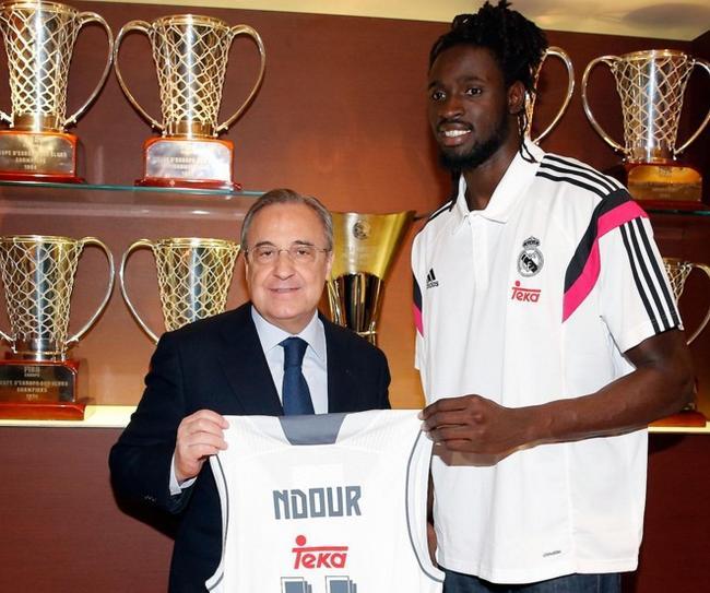 El ala-pívot senegalés Ndour, nuevo jugador del Real Madrid