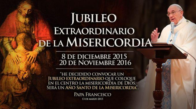 El Papa abre la Puerta Santa y da inicio al 'Jubileo de la Misericordia'