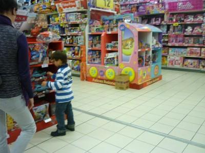 Comparar precios puede suponer un 15% de ahorro en la compra del mismo juguete, según un estudio de Irache
