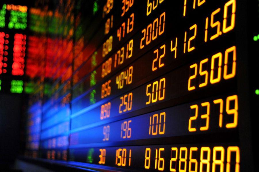 La Bolsa española, el IBEX 35, abre subiendo el 0,78% y se acerca a los 8.700 puntos