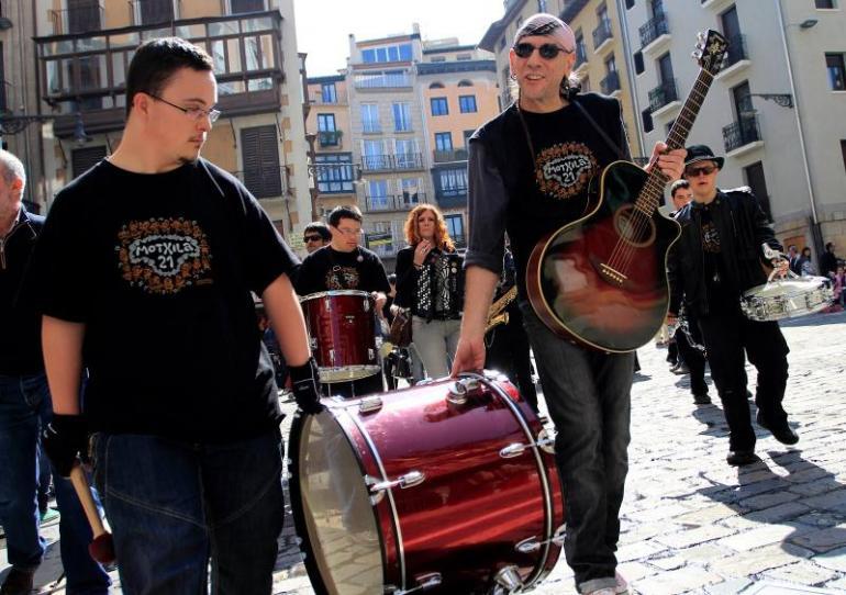 AGENDA: 12 de diciembre, Zentral Café de Pamplona, 'Motxila21'