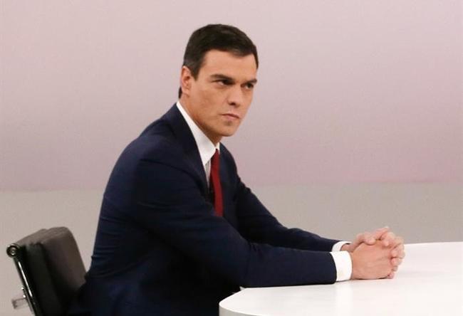Sánchez dice que sólo el PSOE puede reunir a los españoles e impulsar el cambio
