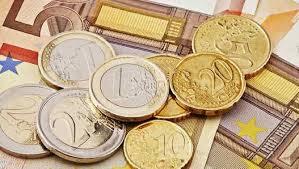 El sueldo medio de los españoles en 2018 asciende a 24.009,12 euros